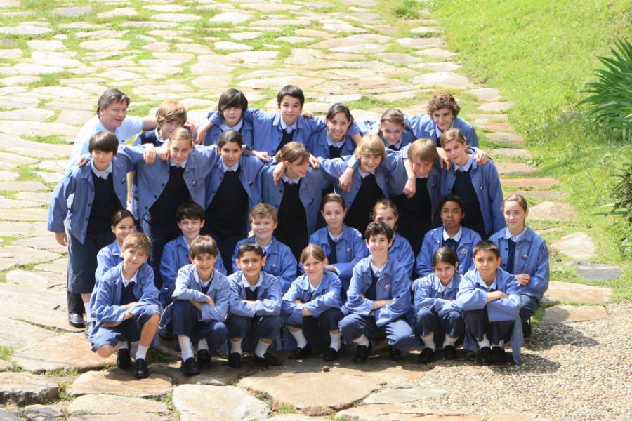 La jeunesse est mise à l'honneur avec les Petits Chanteurs de Saint-Marc, révélés au public par le film Les Choristes