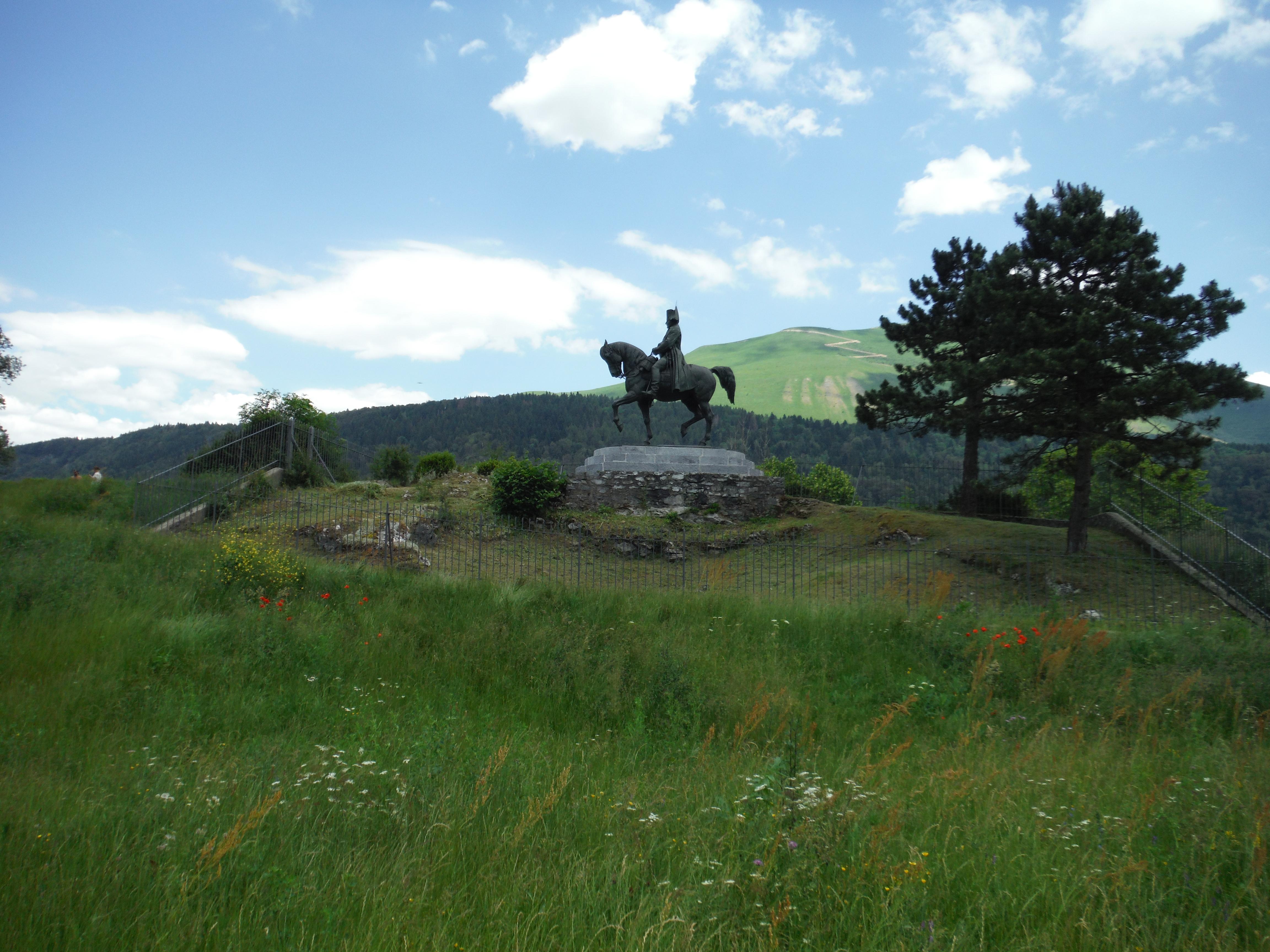Prairie de la rencontre statue napoléon
